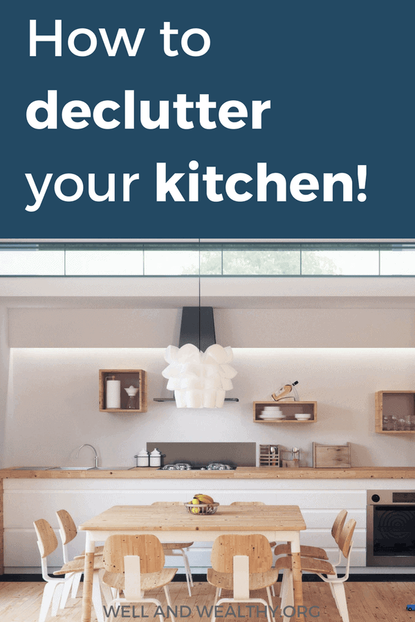 Want to learn how to organize your kitchen? Decluttering your kitchen can be one of the hardest rooms in the house to organize, but don't worry because this post will help you transform your kitchen overwhelm free! Perhaps you've started to declutter your home and are living a more minimalist lifestyle but still need some kitchen organization ideas and hacks to get your countertops, pantry and cabinets looking good! #kitchenorganization #organizingtips #decluttering