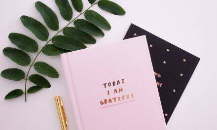 30 Day Gratitude Challenge: Skyrocket Happiness in Just One Month